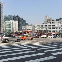 Photo taken at 디지털단지입구교차로 by Young Jun K.🎗 on 8/31/2015