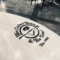 Photo taken at The Coffee Bean & Tea Leaf by Young Jun K.❄️ on 1/3/2018