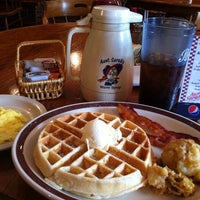 Photo taken at Aunt Sarah's Pancake House by Laura E. P. on 7/10/2013
