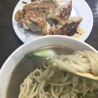 Foto scattata a Lan Zhou Handmade Noodle & Dumpling da Wilson T. il 11/5/2017