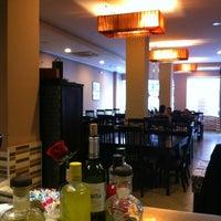 Foto tomada en Ming Cocina Asiática por Bingru H. el 1/26/2013