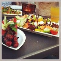 Das Foto wurde bei IMARA Restaurant Bar Lounge von SasaKia am 7/3/2013 aufgenommen