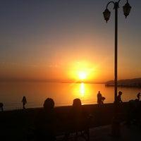 2/24/2013 tarihinde Nil M.ziyaretçi tarafından Akçay Kordon'de çekilen fotoğraf