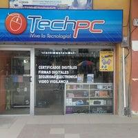 Foto tomada en Techpc Live HUAQUILLAS por Carlos J. el 10/11/2013