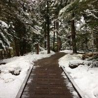 รูปภาพถ่ายที่ Scandinave Spa Whistler โดย Chris D. เมื่อ 12/8/2012