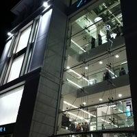 11/25/2012 tarihinde Olga A.ziyaretçi tarafından Zara'de çekilen fotoğraf