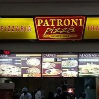 Photo taken at Patroni Pizza by Matheus B. on 11/24/2012