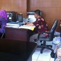 Photo taken at Dinas Bina Marga dan Pengairan Kota Bandung by eghie F. on 6/5/2014