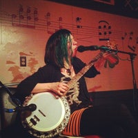 Photo taken at The Beer Mug by Life(Liss) L. on 4/6/2013