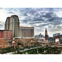 Photo taken at Sheraton Macao Hotel, Cotai Central by Jason Tse on 12/15/2012