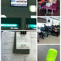 Photo taken at Immigration Department (Jabatan Imigresen) by Bernice M. on 5/31/2013