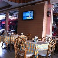 Photo taken at Karon Aussie Bar by Владимир П. on 1/21/2013