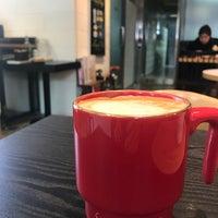 4/24/2018에 Blossom K.님이 Experimental Coffee Bar by SAANG에서 찍은 사진