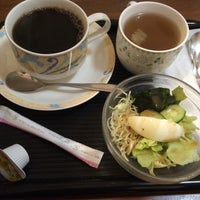 Photo taken at CAFE KALDI by Sakurakozy on 3/11/2016