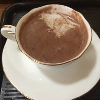 Photo taken at CAFE KALDI by Sakurakozy on 4/12/2016