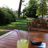 Foto scattata a Cafe Carpouza da Emel Ö. il 6/28/2013
