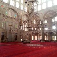 Das Foto wurde bei Edirnekapı Mihrimah-Sultan-Moschee von Semra K. am 9/3/2013 aufgenommen