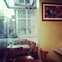 5/5/2013 tarihinde aysel k.ziyaretçi tarafından Cafe&Shop'de çekilen fotoğraf