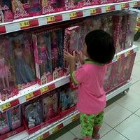 Photo taken at Tesco by idacayang on 7/22/2012