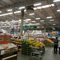Photo taken at Sam's Club by Gilberto T. on 12/2/2012