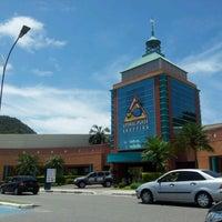 Photo taken at Litoral Plaza Shopping by Jeremias N. on 11/18/2012
