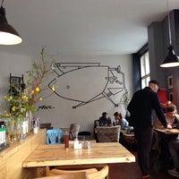 Das Foto wurde bei Café Friedrichs von Kü R. am 4/19/2017 aufgenommen