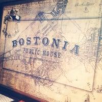 Das Foto wurde bei Bostonia Public House von Emily G. am 5/2/2014 aufgenommen