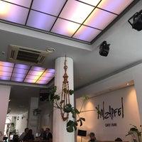 Photo prise au Holzapfel Cafe | Bar par Thomas L. le5/10/2017