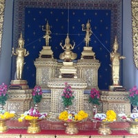 Photo taken at Bangkok City Pillar Shrine by Untralove J. on 3/9/2013