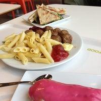 Photo prise au IKEA Restaurant & Café par Loïc D. le12/7/2012