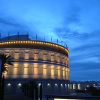 Foto scattata a The Colosseum At Caesars Palace da R@ymond il 3/29/2013