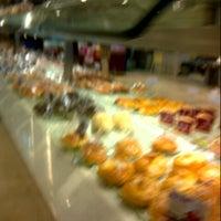 Photo taken at Vanhollano Bakery by Ibrah E. on 12/2/2012