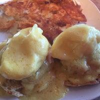 Photo taken at Hi Life Diner by Dorothy H. on 7/29/2015