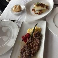 Foto tomada en Restaurante Hierbabuena por 태풍 강. el 6/4/2017