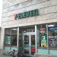 Photo taken at 7-Eleven by Thiago K Dutra on 1/1/2015