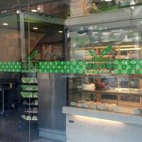 11/4/2012 tarihinde Frederic D.ziyaretçi tarafından Fay Da Bakery'de çekilen fotoğraf