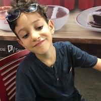 Photo taken at Burger King by Şenay Y. on 9/14/2017