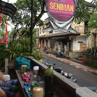 Foto scattata a Seniman Coffee Studio da Gustra A. il 2/17/2013