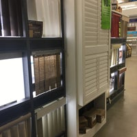 Photo taken at Lowe's Home Improvement by Laura L. on 7/31/2017