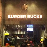 Foto tirada no(a) Burger Bucks por Burger Bucks em 4/9/2017