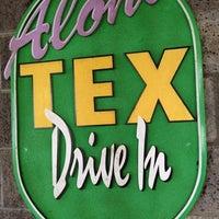 Foto tomada en Tex Drive In & Restaurant por Ray H. el 11/25/2012