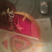 Photo taken at Taco Bell by Quan H. on 11/20/2012