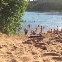 Снимок сделан в Пляж на реке Оредеж пользователем Mrs F. 6/22/2013