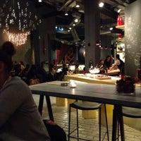 รูปภาพถ่ายที่ Collage | Cafe - Restaurant - Cocktail Bar โดย Konstantinos P. เมื่อ 12/1/2013