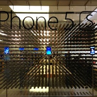 Photo taken at Apple Beverly Center by Yadiel L. on 11/3/2013