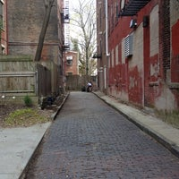 Photo taken at Enon Alley by Christian H. on 4/12/2014