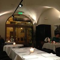Снимок сделан в Restaurant Le Dome пользователем Юлия Е. 3/16/2013