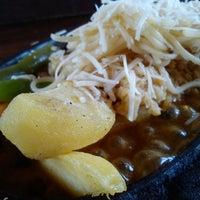 Photo taken at Star Steak (Steak & Shake) by Riyuga r. on 11/9/2013
