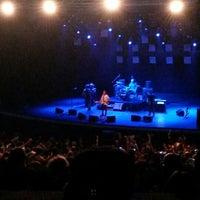 9/25/2013 tarihinde Eylem S.ziyaretçi tarafından Cemil Topuzlu Açıkhava Tiyatrosu'de çekilen fotoğraf