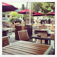Photo taken at The Coffee Bean & Tea Leaf by Christopher D. on 7/20/2013